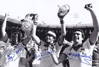 HAND SIGNED 12x8 PHOTO WEST HAM UNITED 1980 FA CUP WINNERS