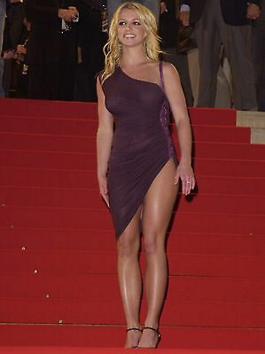 Britney Spears Unsigned 8x12 Photo (159)