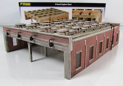 N Gauge Farish 42-050 4 Road Engine Shed Building