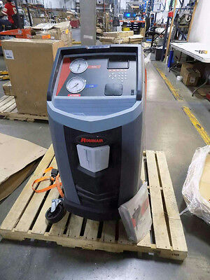 Robinair 34788NI Refrigerant Recovery, Recycling, and Recharging Machine