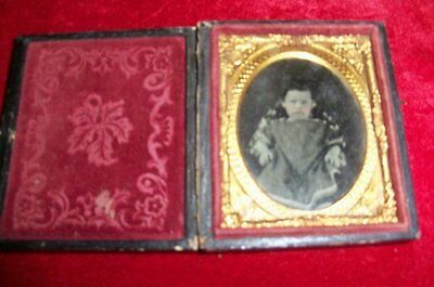 1/9 Plate in Split Case Ambro or Tintype Small Pouting Child 1850s in Star Case