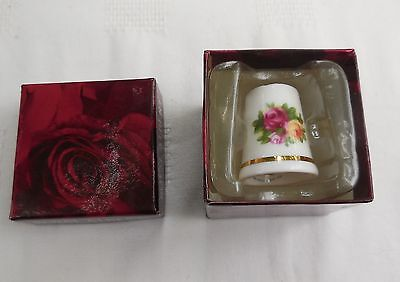 Vintage 1st Quality Royal Albert Old Country Roses Thimble Unused Boxed
