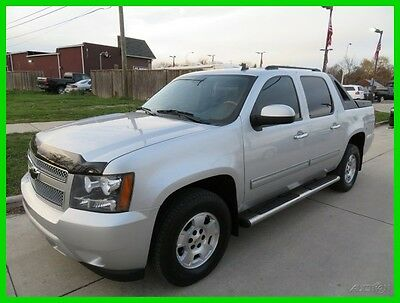 2011 Chevrolet Avalanche LT 4x4 2011 LT 4x4 Used 5.3L V8 16V Automatic 4WD Pickup Truck OnStar Bose clean clear