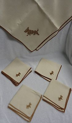 Scotty Scottie Dog  Embroidered Cream Colored  Tablecloth  And Four Napkins