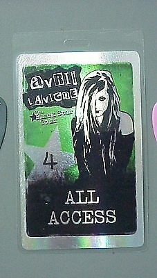 Avril Lavigne backstage pass Laminated hologram style pass !