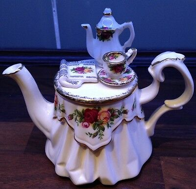 Cardew Royal Albert Old Country Roses One Cup Victorian Tea Table Teapot