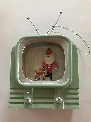 Rudolph and The Island Of Misfit Toys Santa on TV tree ornament 104288
