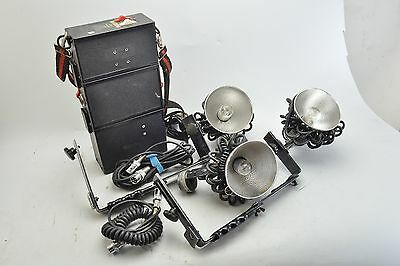 Lumedyne Flash System. Lighting Kit, Power Pack, Booster, 3 Heads & Cords V3025