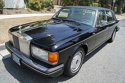 1995 Rolls-Royce Silver Spirit/Spur/Dawn Magnolia Leather with Black Piping 1995 FLYING SPUR - 1 OF 134 EVER BUILT - RARE TURBOCHARGED ROLLS - COLLECTIBLE!