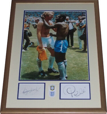 Mexico 1970 signed Pele Bobby Moore ICONIC PHOTO World Cup England v Brazil