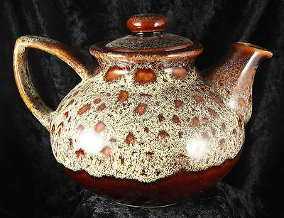 Foster's pottery Redruth Cornwall teapot 7 inches across kitchen teatime
