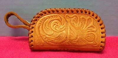 Vintage Hand Tooled Leather Zippered Coin Purse Souvenir of Texas
