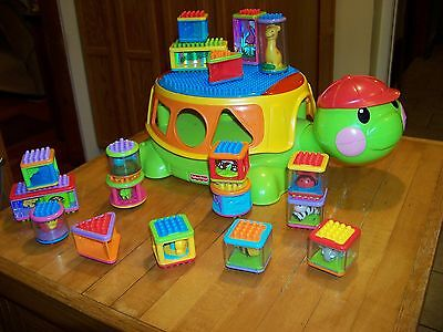 Fisher Price Build 'n Spill Peek-a-Block Musical Turtle w/  Lights  & 16 Blocks