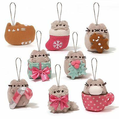 Gund - Pusheen Blind Box Series 2 - Holiday Ornament  - 1 Mystery Keychain