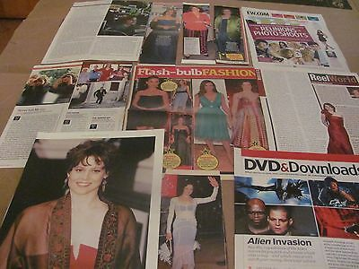 Sigourney  Weaver     Clippings   Wow   #1205