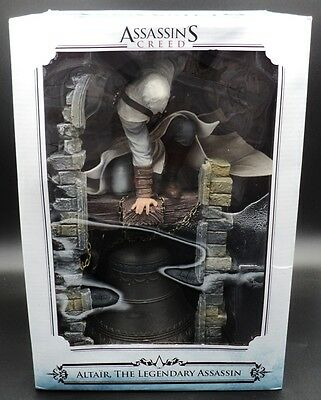 Assassins Creed Figure~Altair The Legendary Assassin On Bell Tower ~New & Sealed