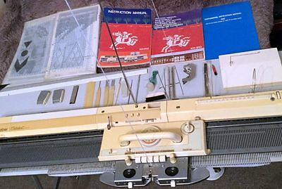 Brother Kh 910 Electronic Knitting Machine In Good Condition + Accessories