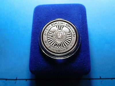 Mickey Mouse Disney World 1996 Convention 999 Silver Coin 1000 Mintage Rare Cool