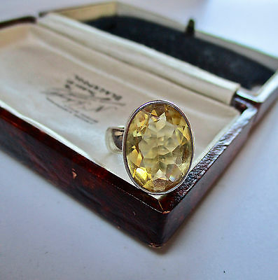 Vintage Jewellery Sterling Silver Citrine Stone Ring