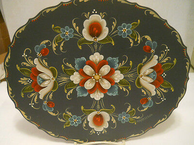 NORWEGIAN WALL ART ROSEMALING 12 1/8x10 3/8 OVAL PLATE  ARTIST SIGNED