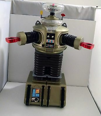 LARGE! 2 FEET! 1998 Trendmasters Lost in Space B-9 Robot