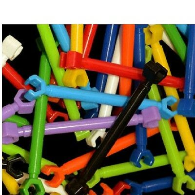 "25 LARGE PLASTIC RODS BIRD TOYS PARTS  Approximately 2.75"" long."