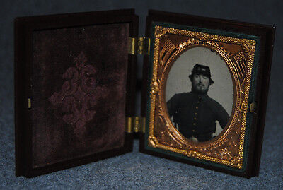 Civil War Union Soldier 1/9 Plate Ambrotype Patriotic Thermoplastic Case & Mat