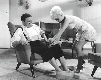 """Barbara Windsor Carry On Films 10"""" x 8"""" Photograph no 41"""