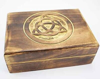 CELTIC KNOT DESIGN WOOD BOX / CARVED WOODEN TRINKET BOX 7 x 5 inch BOXED