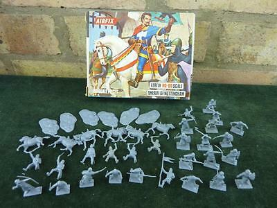 Vintage H0 00 scale Sheriff Of Nottingham set with box complete Robin Hood