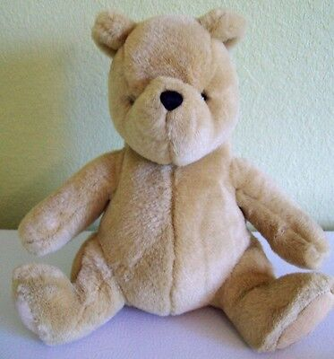"Gund Disney Classic Pooh 9"" Stuffed Plush Winnie the Pooh Sitting Seated"