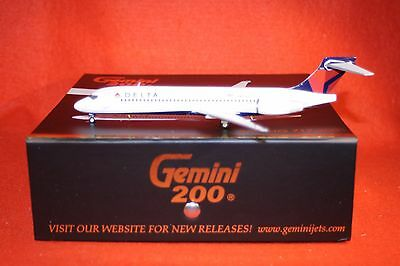 GEMINI JETS 200-538 DELTA BOEING 717-200 reg N891AT 1-200 SCALE