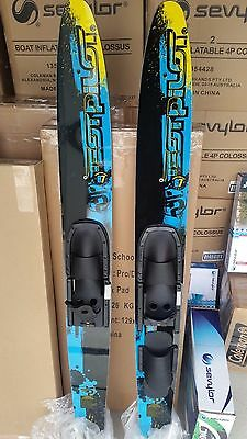 water skis  adult combos test pliot 67 inch