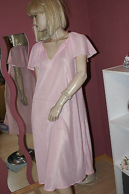 Schmusiges Plissee Negligee rosa Polyester Vintage 40/42