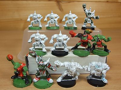12 Original Bloodbowl Orc Players Part Painted (718)