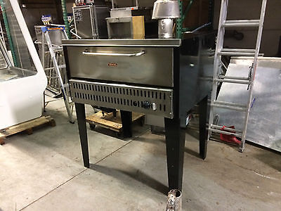 "MKE 551A 44"" Commercial Gas Pizza Oven, Single Deck"