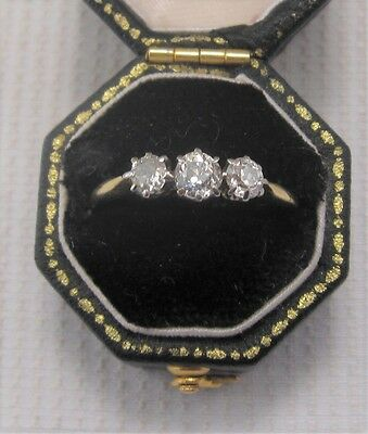 A Beautiful Period Old Cut Diamond Ring in 18ct & Plat