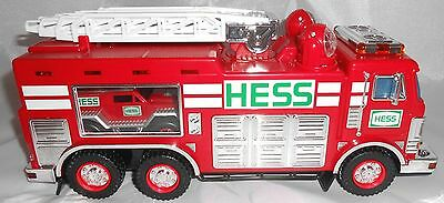 Hess 2005 Emergency Truck with Rescue Vehicle With Sound Fire Truck