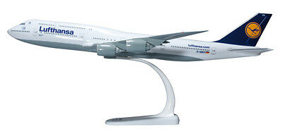 Herpa Snap Wings 1:250 Boeing 747-8I Lufthansa