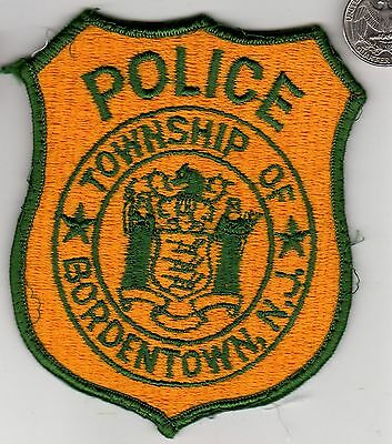 POLICE PATCH NEW JERSEY BORDENTOWN Township State NJ Cloth Crest Shield Badge