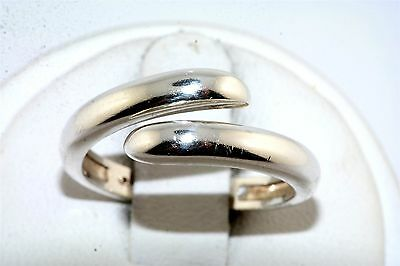 Contemporary Polished Twist Overlapping Band Sterling Silver Ring