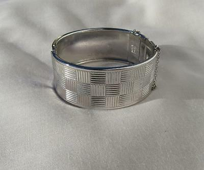 Vtg Coro Pegasus Silvertone Hinged Bangle Bracelet Etched~Squares~Safety Chain
