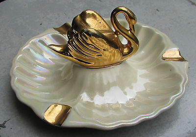 Stunning Vintage Wembley Ware Australian Pottery Swan Figural Ashtray