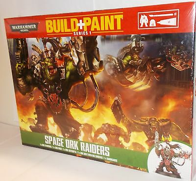Warhammer 00083 - Build + Paint - Space Ork Raiders - New. (Kit)