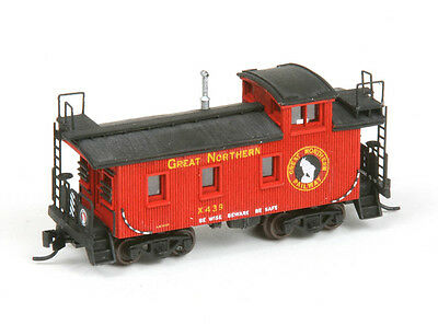LaserKit American Model Builders  N Scale Kit #550 Great Northern 25ft Caboose