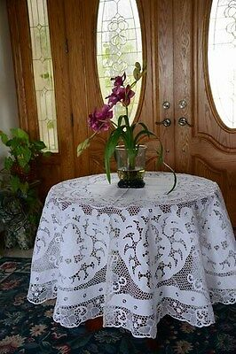 """All Hand Made Vintage Venice Lace And Embroidery Tablecloth White 72"""" Round"""