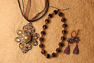 jewelry set glass  black bracelet earring pendant necklace pierced gold t