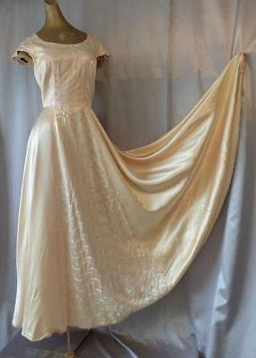 SWEEPING FULL CIRCLE PEACH SATIN Vintage WWII 1940s EVENING GOWN DRESS