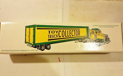 Taylor Made 1995 Toy Truck Collector 18-Wheel Box Trailer