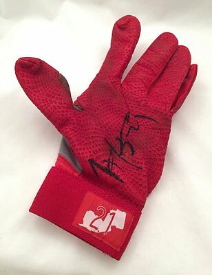 Reds Todd Frazier Autographed Game Used Batting Glove USA SM Auth #2314